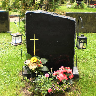 Puijonkivi hautakivet kuopio